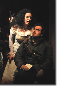 Kirstin Ch�vez as Carmen and Jon Burton as Don Jos�
