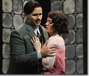 Edward Parks as Count Almaviva and Sinead Mulhern as the Countess