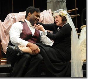 Michael Sumuel as Figaro and Anna Christy as Susanna