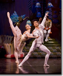 Chandra Kuykendall as the Sugarplum Fairy and Alexei Tyukov as the Cavalier